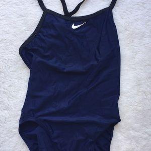 Nike swimsuit size 34